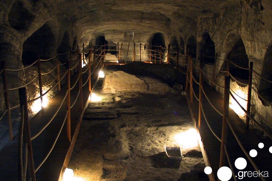 Catacombes Milos Greece