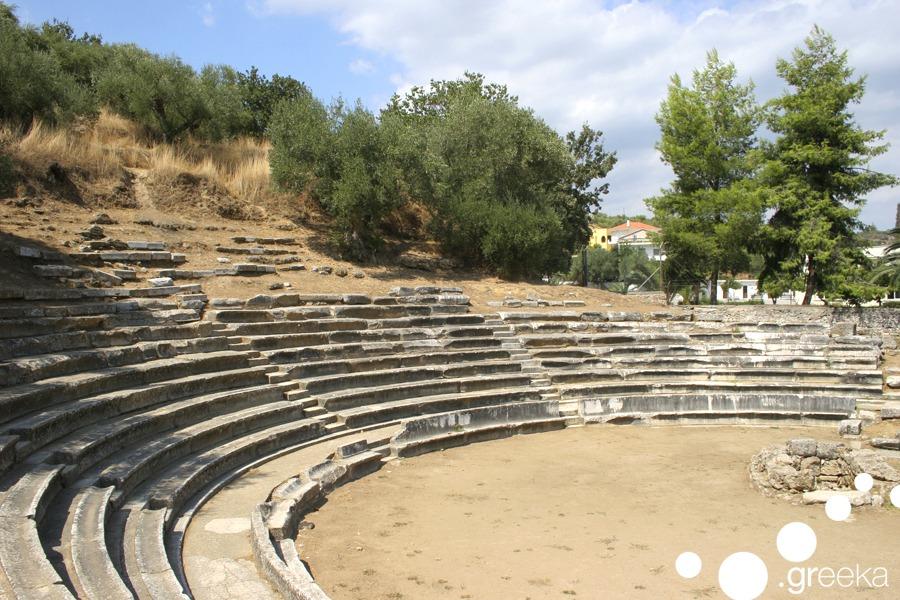Gythio archeo theatro
