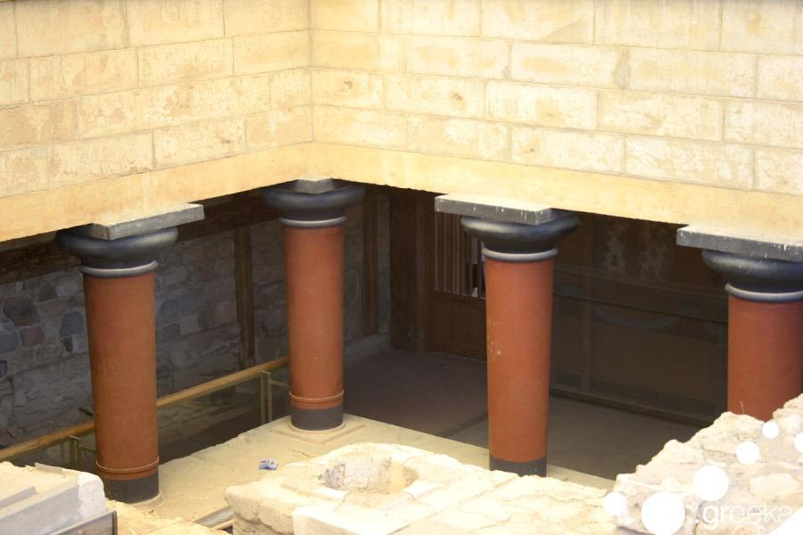 Minoan palace Crete 3