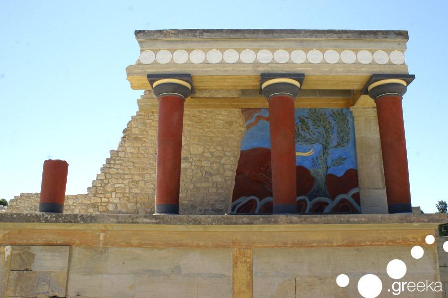 Minoan palace Crete 6