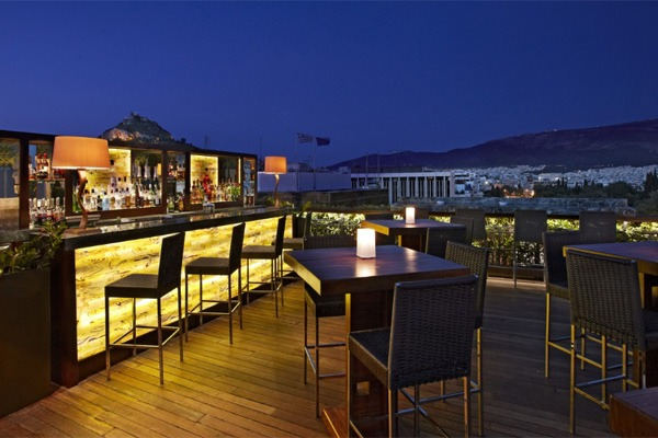 Roof garden bars in Athens: Grand Bretagne