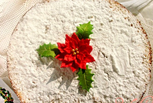 Christmas food in Greece: Saint Basil's Cake