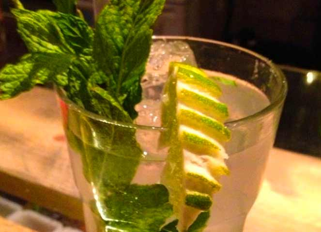 Best cocktail bars in Athens
