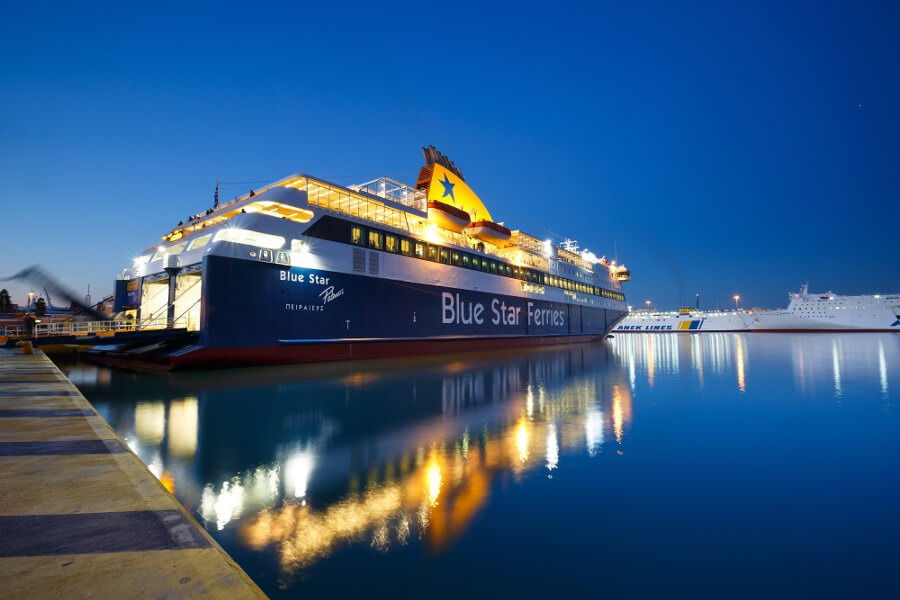 conventional ferry piraeus