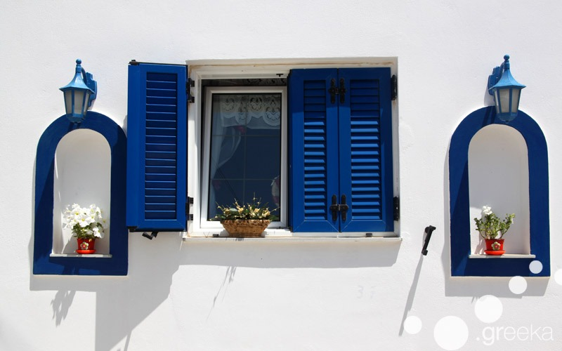 Cyclades architecture: blue window