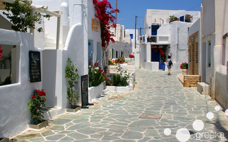 Must do things in Greece: walking around