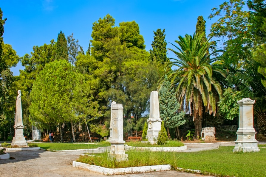 garden of the heroes messolonghi
