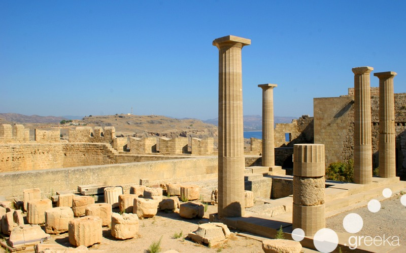 Rhodes day trips: to Lindos Ancient Acropolis