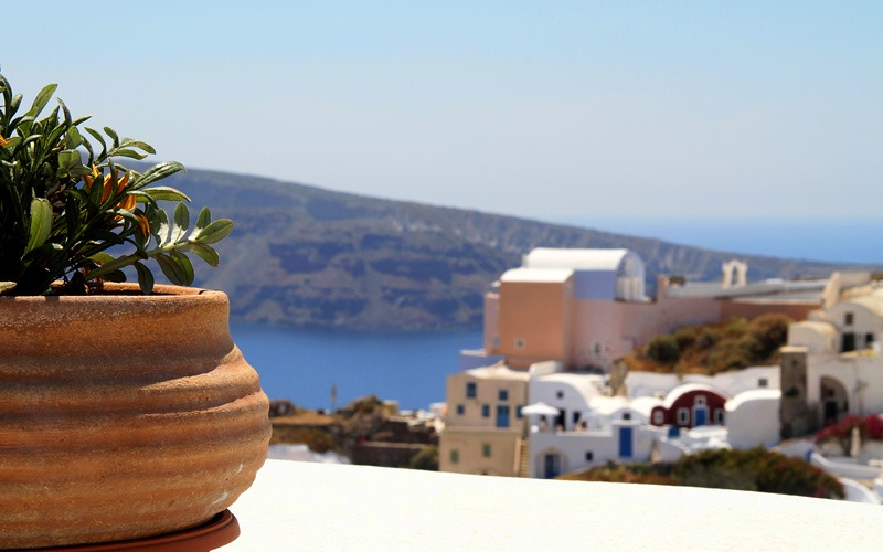 Best Greek islands for spring break: Santorini