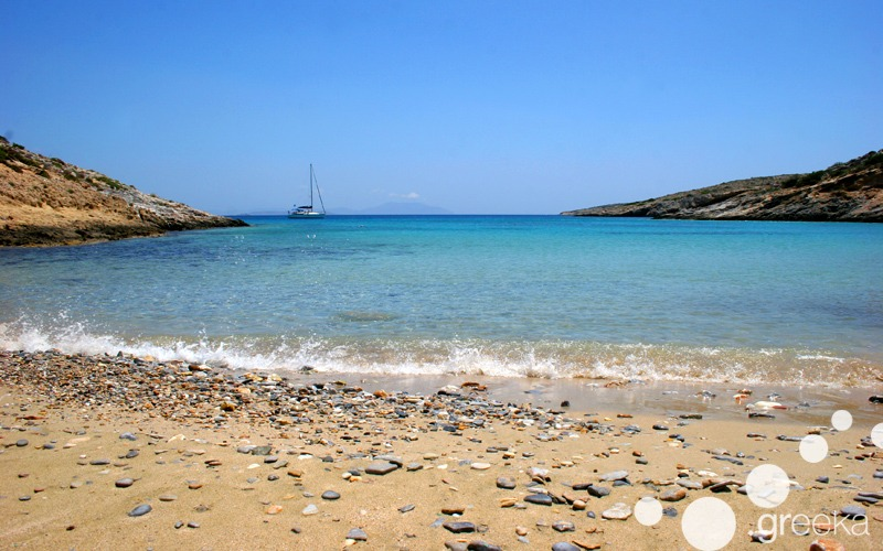 Must do things in Greece: swim at the beach
