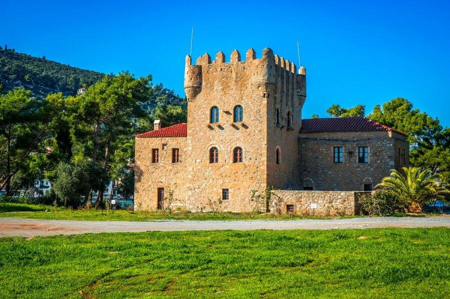 tzanetakis tower gythio